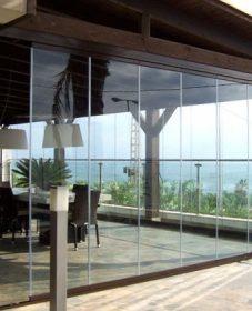 Veranda sur balcon poids par veranda en verre opaque