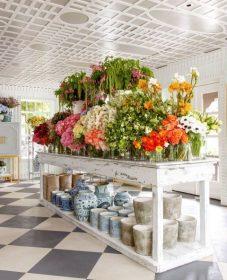 Veranda Magazine Flower Arrangements | Store Interieure Veranda