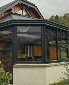 Veranda akena bordeaux | veranda sur maison traditionnelle