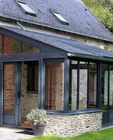 Veranda maison pierre extérieur : extension veranda aluminium