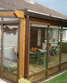 La véranda ouverte par veranda en bois luxembourg