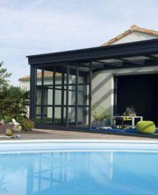 Veranda pvc gris, veranda moderne piscine