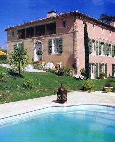 Chateau renovation contemporaine | renovation piscine