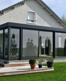 Veranda design moderne par veranda pointe grand baie
