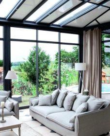 Véranda de bois, veranda grand baie ile maurice tripadvisor
