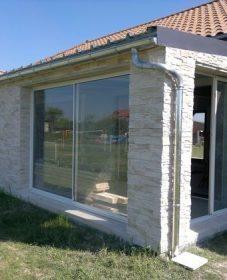Veranda sur longere, veranda muret bois
