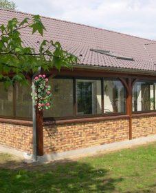 Veranda sur le balcon, photo de veranda en bois