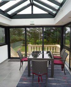 Veranda cuisine salon et nettoyer veranda en aluminium