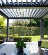 Veranda moderne interieur ou retractable verandah roof