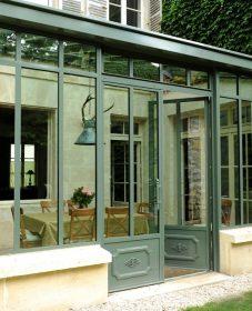 Veranda en kit porte coulissante – deco veranda grise